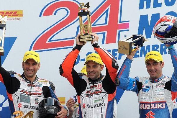 Vincent Philippe, à droite, et ses coéquipiers du Team Suzuki