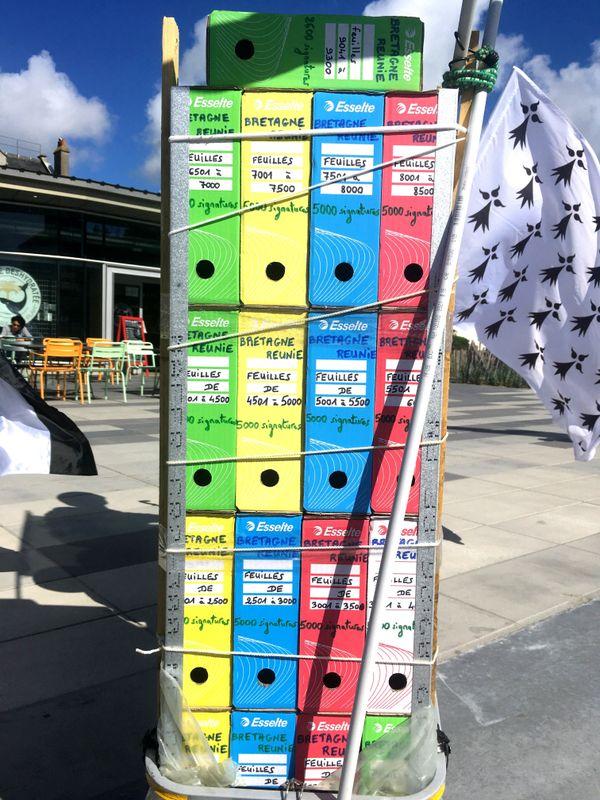 Les 105 000 signatures rassemblées par Bretagne Réunie partent à Paris, le 14 juin 2019