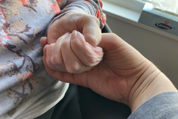 """""""Personne n'est à l'abri d'un accident d'une maladie incurable. La question de la fin de vie ne concerne pas que les personnes âgées"""", Caroline Fiat, députée LFI de Meurthe-et-Moselle"""