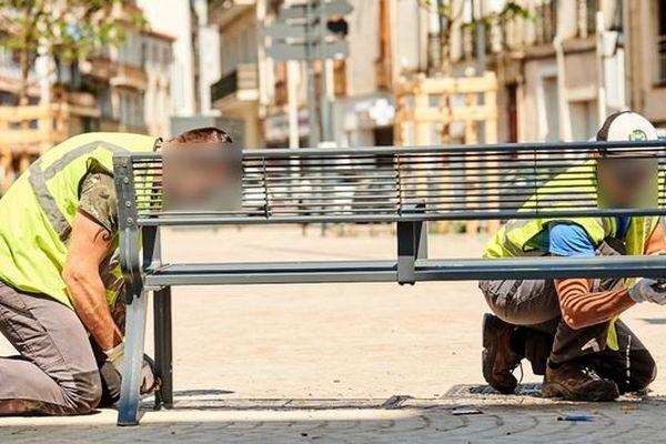Robert Ménard estime qu'il y a eu un relâchement dans le respect du confinement. Le maire de Béziers a décidé de procéder à l'enlèvement des bancs publics.