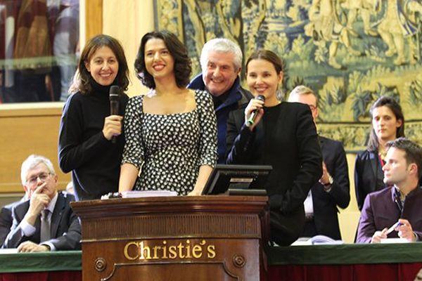 Virginie Ledoyen, Khatia Buniatishvili, Valérie Bonneton et Claude Lelouch ont tenté de faire grimper les enchères pour la pièce du président