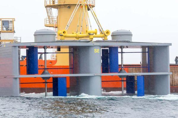 L'hydrolienne conçue par HydroQuest avec les CMN a été immergée au large de l'île de Bréhat et fournit du courant au réseau EDF depuis la mi-juin