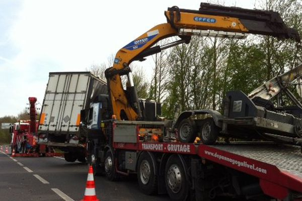 Accident entre un poids-lourd et un fourgon sur la 4 voies entre St-Malo et Rennes
