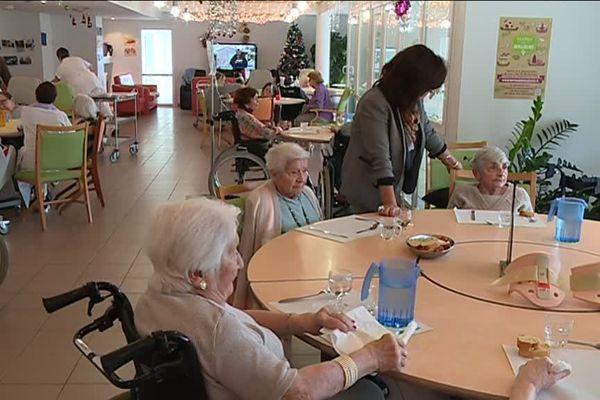 Après les 13 décès dans une maison de retraite de Lyon, les personnes âgées sont plus que jamais les principales victimes de la grippe.