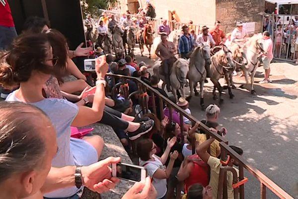 Castillon-du-Gard - retour de la traditionnelle fête votive - 28 juillet 2019.