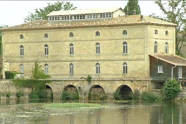 Le moulin de Porchères, en Gironde
