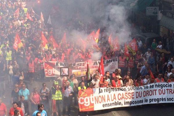 Des milliers de manifestants dans Marseille ce mardi.