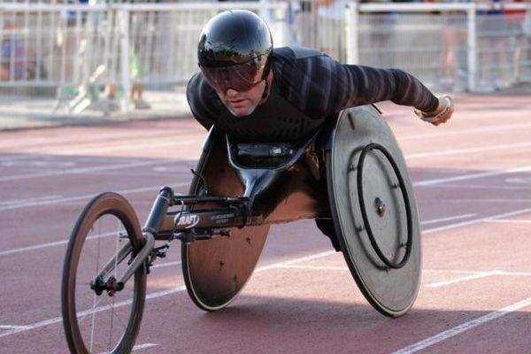 Philippe Le Gouic pratique la course sur route depuis 1991.