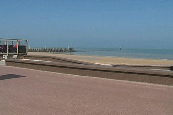La plage de Courseulles-sur-Mer en avril 2013