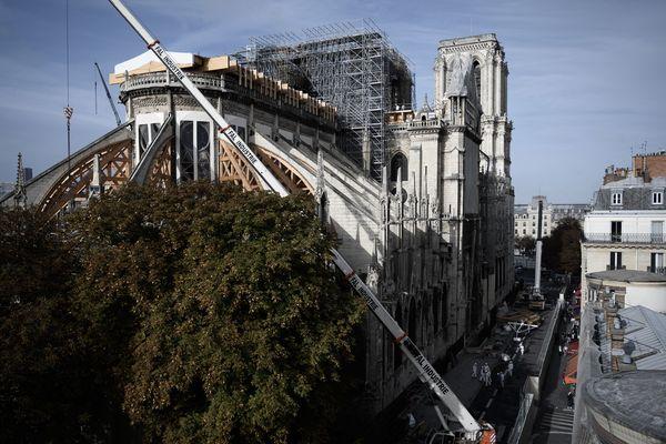 Depuis l'incendie, les taux de plomb relevés sur l'Île de la Cité ont été multipliés par mille à certains endroits.