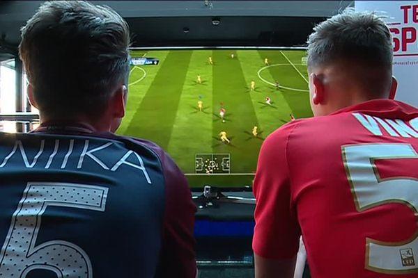 Un match virtuel, pour une autre forme de sport.