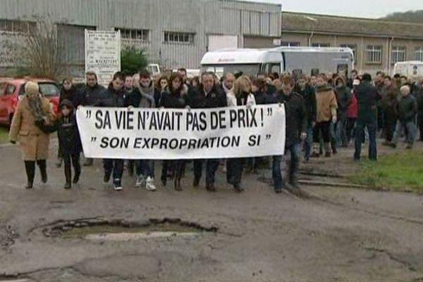 250 personnes ont défilé à la mémoire de Thierry Toneguzzo