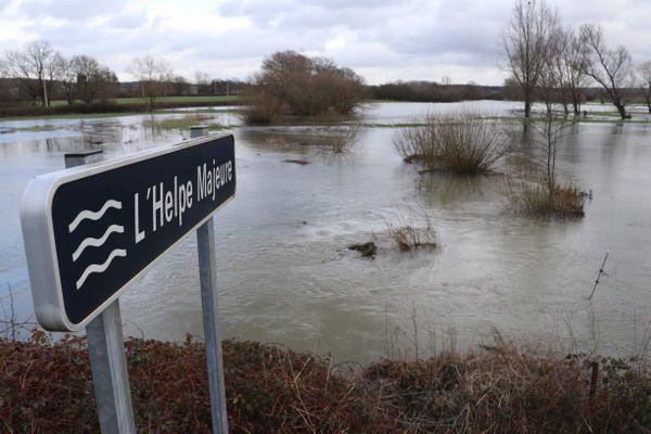 Prudence dans l'Avesnois cette nuit, notamment aux abords de l'Helpe Majeure. Ce cours d'eau est placé en alerte orange pour risque de crues par Météo France.