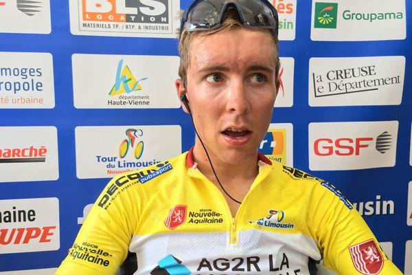 Benoît Cosnefroy, quelques minutes après avoir remporté le 52ème Tour du Limousin Nouvelle Aquitaine.