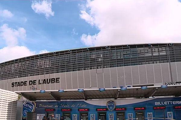 Un écran géant sera installé au Stade de l'Aube pour suivre la rencontre entre Lorient et Troyes dimanche 28 mai.