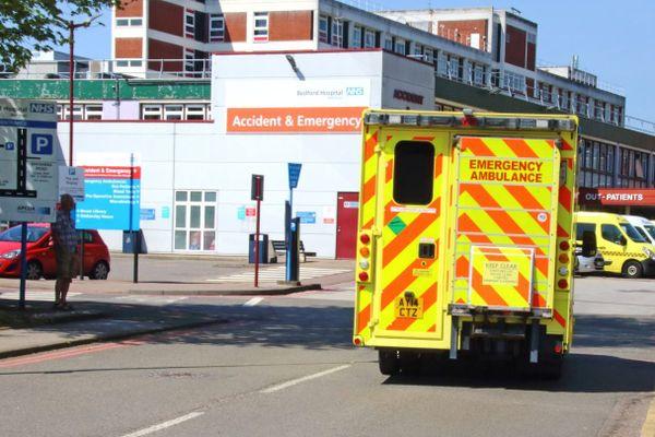 Une ambulance au Royaume-Uni en avril.