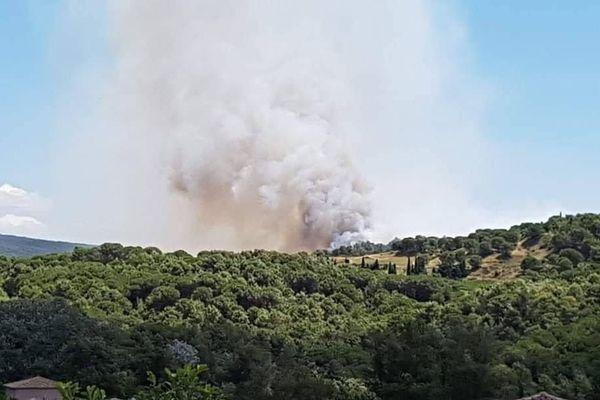 Montirat (Aude) - les flammes ont brûlé 7 hectares, l'incendie est maîtrisé  - 3 août 2020.