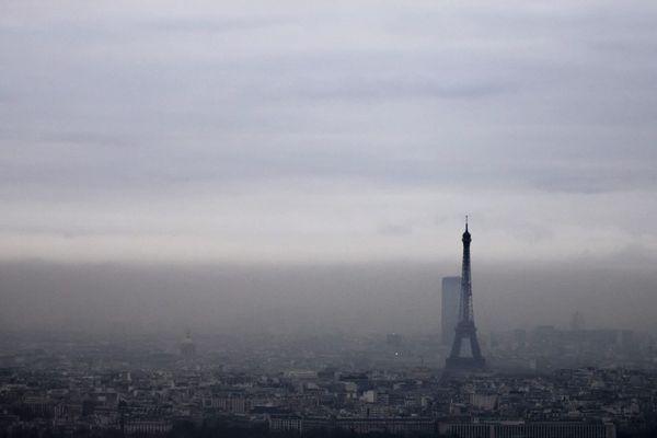 Un brouillard de pollution atmosphérique au-dessus de la capitale, le 6 décembre 2017 (illustration).