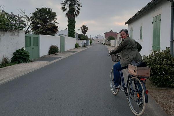 Anne-Laure Hingant, en route pour le travail comme chaque matin.