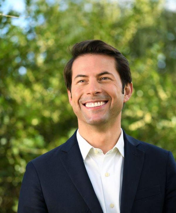 Timour Veyri est candidat de la Gauche et des écologistes pour l'élection municipale d'Evreux.