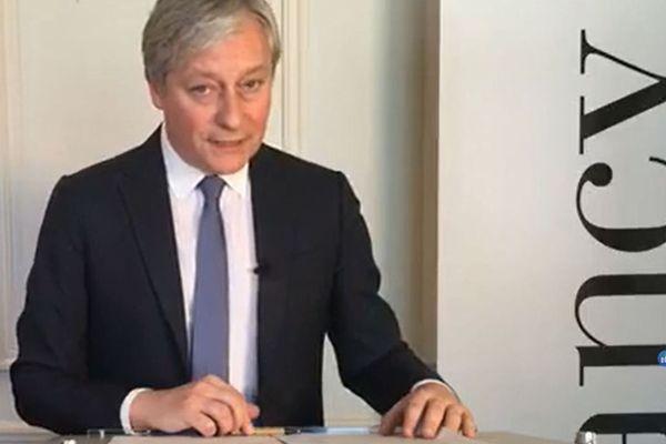Laurent Hénart, maire de Nancy, à l'occasion de son point Facebook live quotidi, mercredi 25 mars 2020.