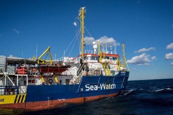 Le Sea-Watch 3, avec à son bord 32 réfugiés, est bloqué au large de Malte depuis le 22 décembre.