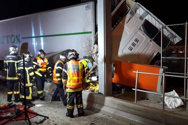 Un camion a percuté un pilier à l'entrée du péage de Saint-Jean-de-Védas