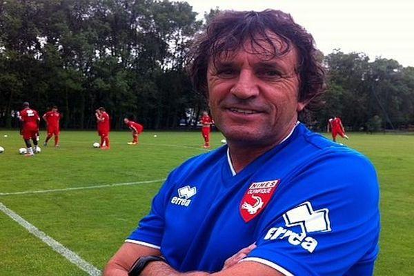 Nîmes - le nouvel entraîneur du Nîmes olympique José Pasqualetti - 25 juin 2014.