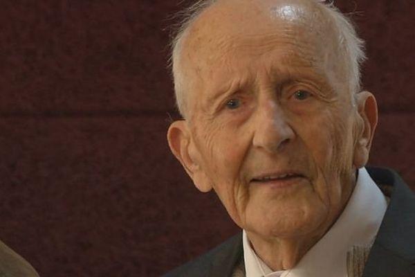Jean Ravey honoré pour ses 100 ans à Sancey-le-Grand