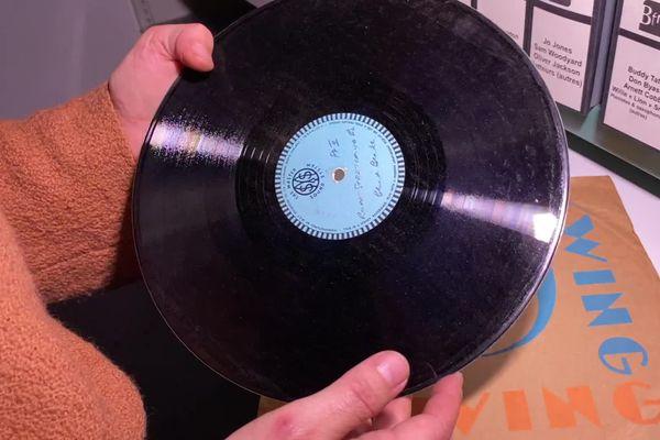 La collection de Jean-Marie Masse comprend près de 13 000 disques sur tous supports.