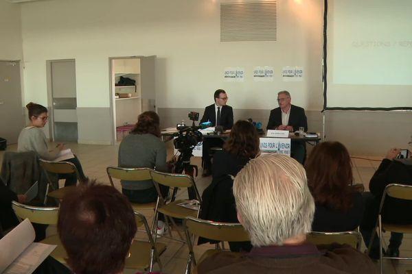 Dans la salle, lors de la conférence de presse, quelques colistiers de René Marratier.