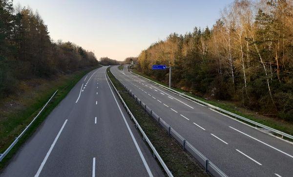 """Tous les Alsaciens qui se sont déjà rendus à Paris en empruntant l'A4 connaissent Keskastel : """"on connaît ton village grâce à la station service sur l'autoroute"""" me disent les gens. Depuis plus de 15 jours, l'axe est désert."""