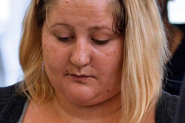 Cécile Bourgeon, arrive au procès de Adel Souissi, accusé d'avoir violé la mère de la petite Fiona, le 5 septembre 2016, à Riom (Puy-de-Dôme).