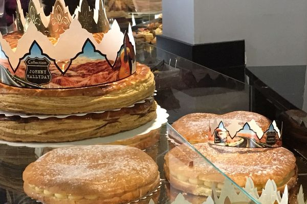 """Les galettes de la boulangerie """"La Carte"""" à Châtillon-sur-Thouet sacrées meilleures frangipanes des Deux-Sèvres en 2018."""