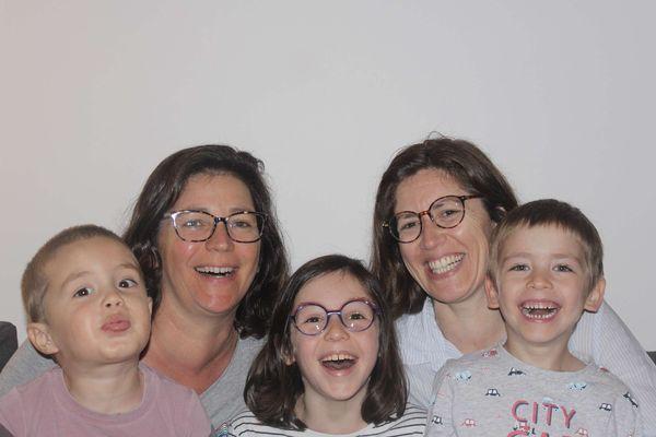 Séverine et Héloise : couple de mamans d'Ariane, Victor et Camille