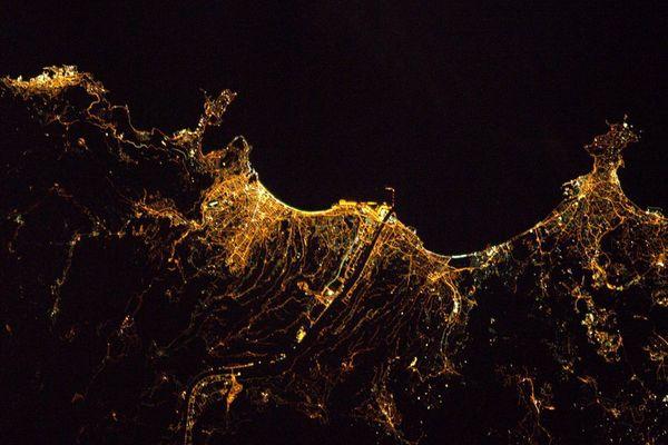 Monaco, Nice et Antibes, photographiées  depuis la station spatiale internationale ISS par Thomas Pesquet