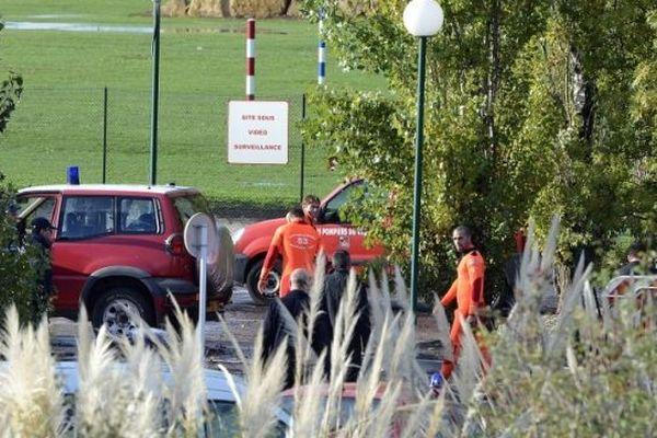 Le second corps a été retrouvé samedi matin à plusieurs centaines de mètres du campus.