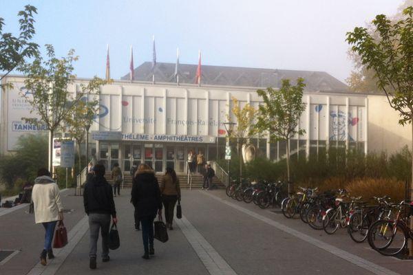 Université François Rabelais à Tours, site des Tanneurs.