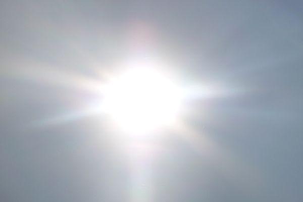 Un soleil éclatant (image d'illustration).