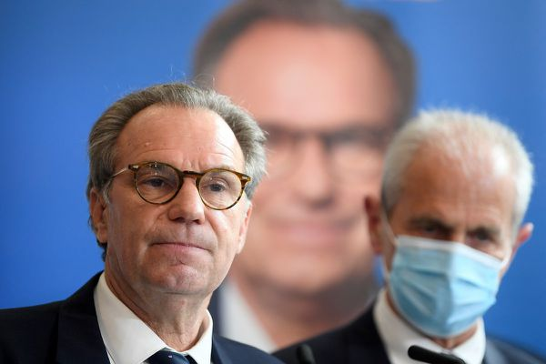 Hubert Falco, président de la métropole Toulon-Provence-Méditerranée et maire de Toulon soutien Renaud Muselier pour ces élections régionales.
