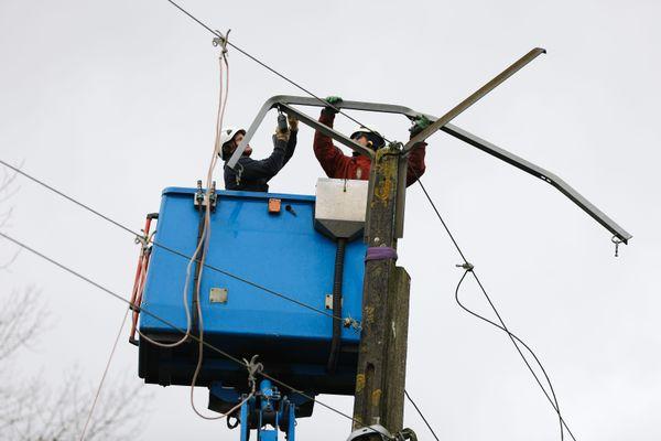 La tempête Aurore a fait des dégâts sur les lignes électriques. Image d'illustration.