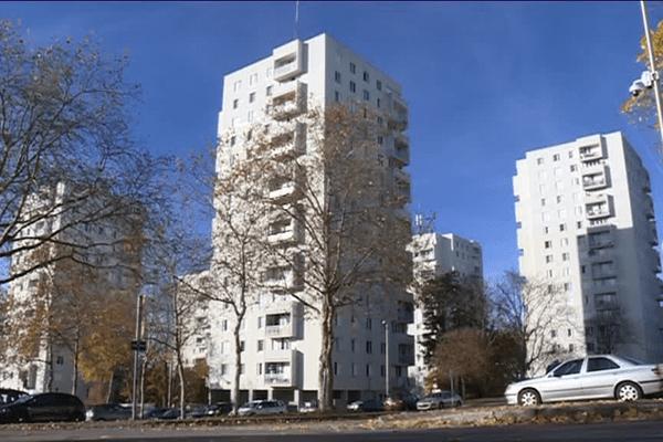 Le taux de pauvreté du Val de l'Aurence (sud) est de 58,5 %