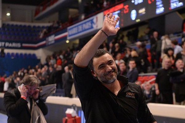 Patrick Cazal, entraîneur de l'USDK au Stade Pierre de Coubertin à Paris, 27 mars 2014