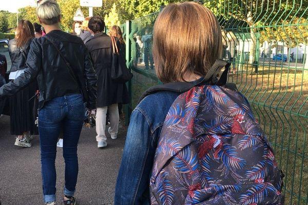 Plus de 102 000 élèves ont repris le chemin de l'école ce matin