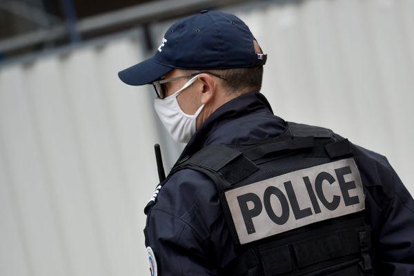 La police de Grenoble a ouvert une enquête pour identifier le conducteur du scooter. (Illustration)