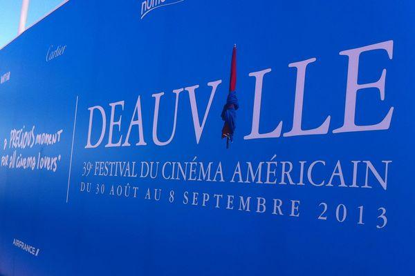L'ouverture du festival est prévue ce soir à 19H30. Sur France 3 basse Normandie, premier rendez-vous de la semaine ce soir dans le 19/20 avec l'équipe de La où ça Bouge.