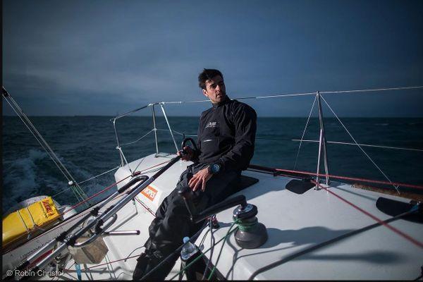Fils et petit-fils de navigateur, Marc Mallaret est âgé de 30 ans. Enfant, l'héraultais a fait ses premières armes à l'école de Voile du yacht club de Mauguio Carnon, près de Montpellier avant d'intégrer le Pôle France à Marseille,.