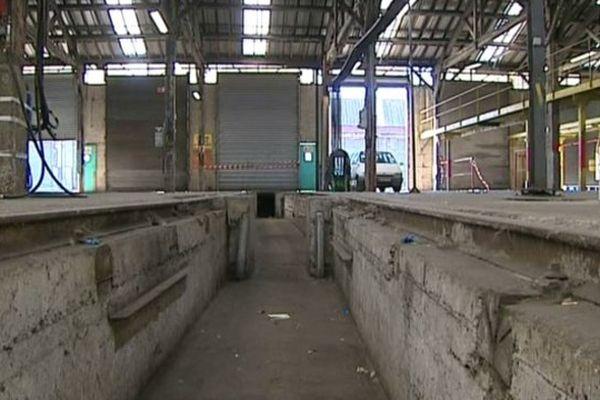 Dans les ateliers clermontois des ACC, il n'y a plus de rames de RER en rénovation.