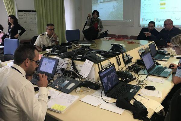 Le centre opérationnel départemental est activé et il est conseillé d'éviter les déplacements inutiles.