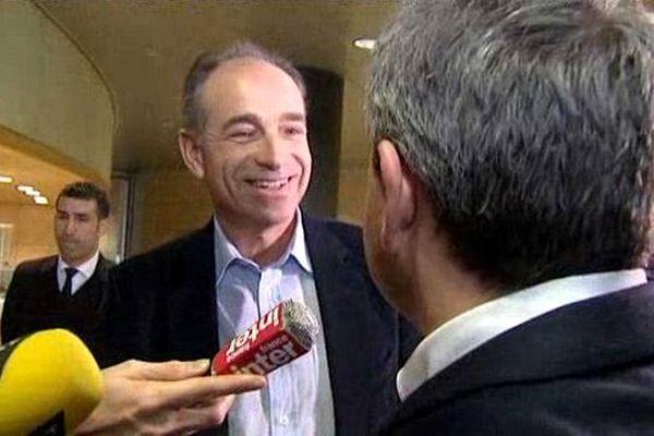 Jean-François Copé accueilli mercredi au conseil régional à Lille par Xavier Bertrand.